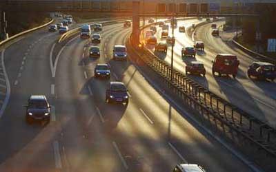 Autofahrt: Geschäftsreise richtig abrechnen / Quelle: Fotolia