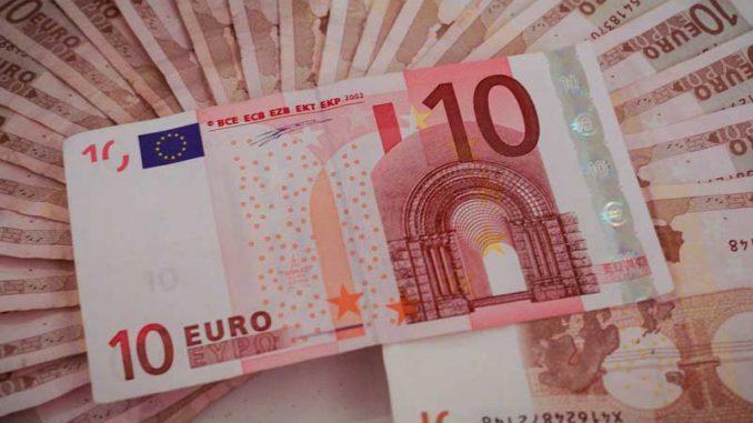 Geld: Der Verlierer zahlt / Quelle: Stockata.de