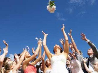 Hochzeit: Unternehmer sollten an Ehevertrag denken / Foto: © micromonkey, Fotolia