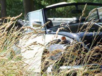 Auto: KFZ-Verischerung kündigen / Foto: © R. v. Schönfels