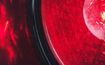 Ampel: Bußgeld für Rotlichtsünde / Foto: © R. v. Schönfels