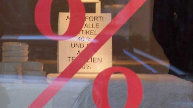 Schaufenster: Gestaltungsfreiheit beim Gewerbemietvertrag / Foto: © R. v. Schönfels