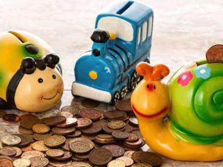 Sparen: Mit Kindern Geld anlegen und Steuern sparen / Quelle: Stockata.de