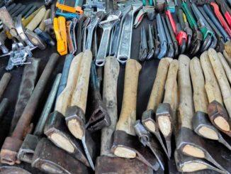 Werkzeug: Arbeitgeber brauchen in Wirtschaftskrise andere Instrumente / Quelle: Stockata.de